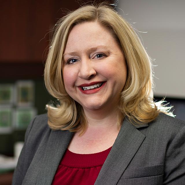 Dr. Hannah Knudsen