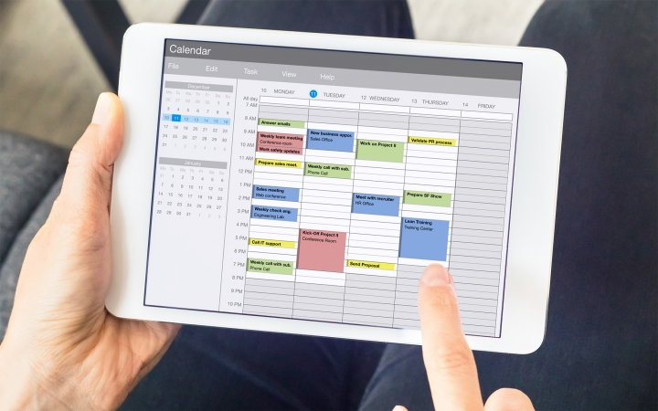 Viewing calendar on digital device.
